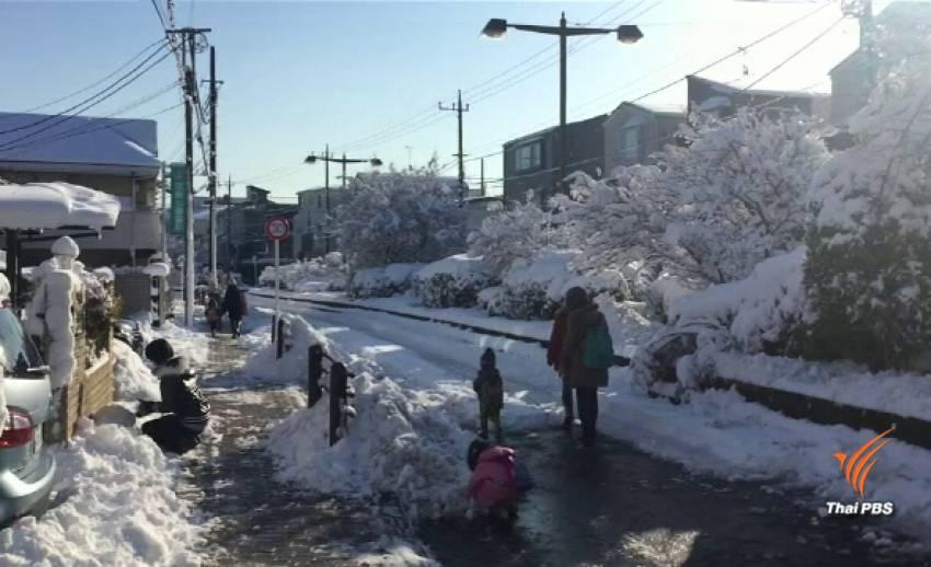 นักท่องเที่ยวนับหมื่นติดค้างสนามบินนาริตะ หิมะตกหนักสุดในรอบ 4 ปี
