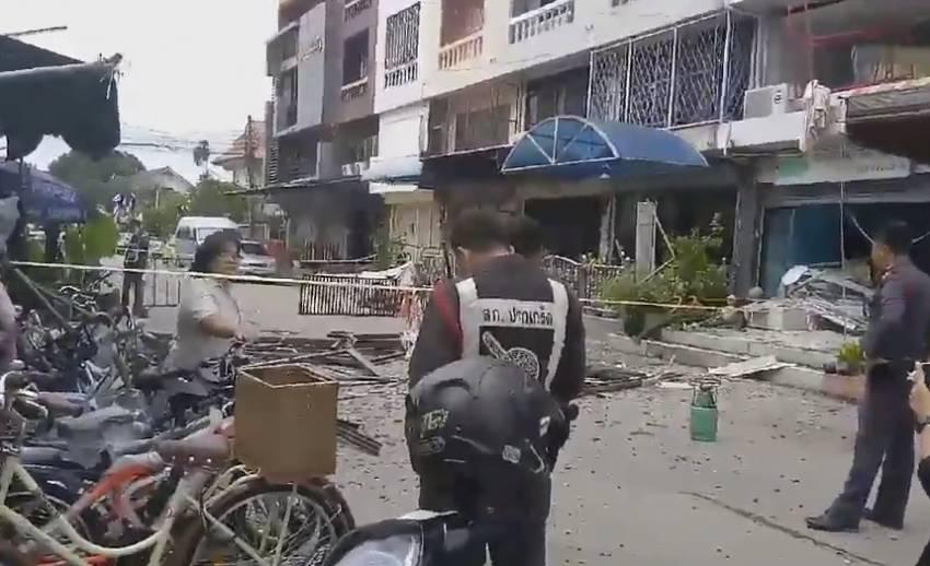 เกิดเหตุระเบิดร้านซักอบรีดย่านปากเกร็ด เจ็บ 7 คน คาดเครื่องอบผ้าระเบิด