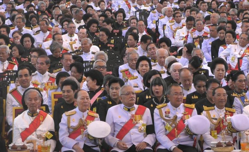 บุคคลสำคัญของไทยร่วมงานพระราชพิธีถวายพระเพลิงพระบรมศพ