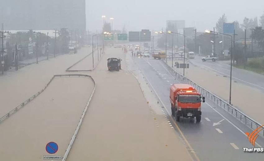 น้ำท่วมเมืองหัวหิน-เพชรบุรีจากอิทธิพลพายุคีโรกี