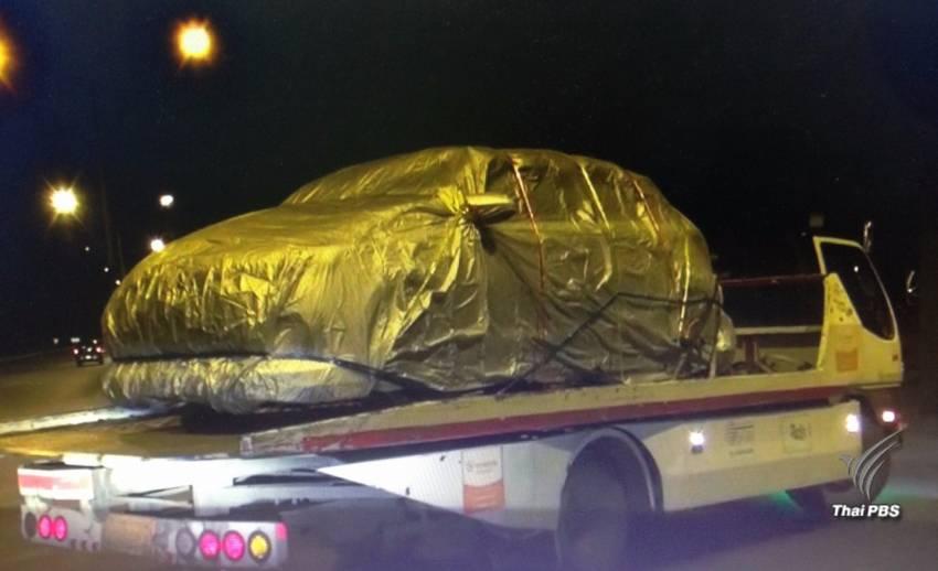 พบรถผู้ใหญ่บ้านที่ถูกสังหารพร้อมครอบครัว