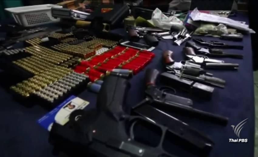 จับวัยรุ่นปทุมธานี ค้าอาวุธปืนทางอินเทอร์เน็ต