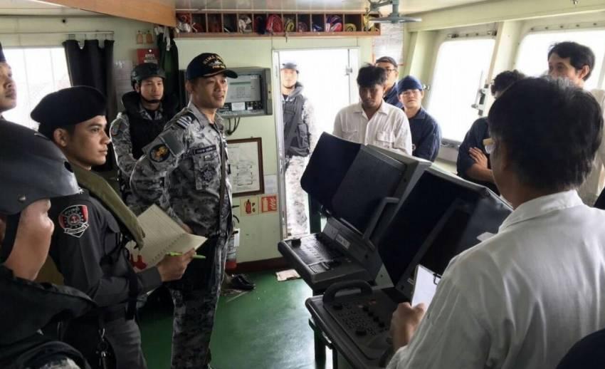 """""""ทร.ยันเรือบรรทุกน้ำมันไทยถูกปล้นในน่านน้ำมาเลเซียเดินเรือถูกต้อง"""""""