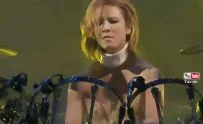 โยชิกิ X Japan อาการทรุด ผ่าตัดหมอนรองกระดูกด่วน