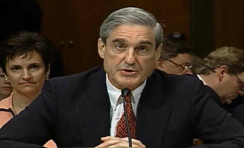 """ตั้ง """"โรเบิร์ต มุลเลอร์"""" อดีตผอ. FBI สอบแทรกแซงเลือกตั้งสหรัฐ"""
