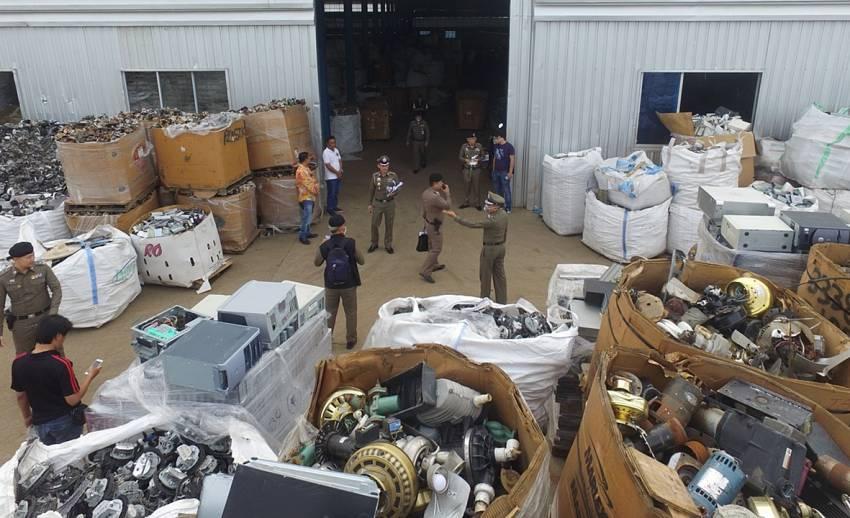 ปิดโรงงานลักลอบนำเข้าขยะอิเล็กทรอนิกส์ทิ้งไทย