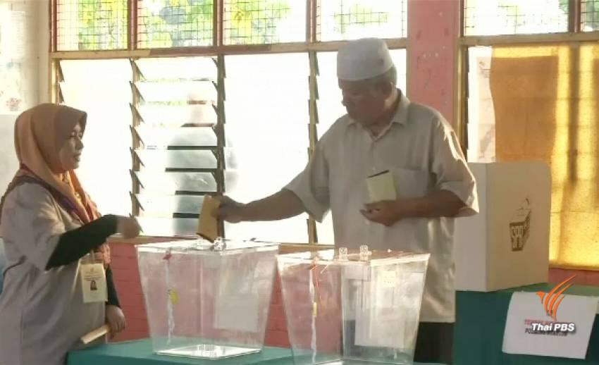 ชาวมาเลเซียลุ้นผลนับคะแนนเลือกตั้ง ครั้งที่ 14