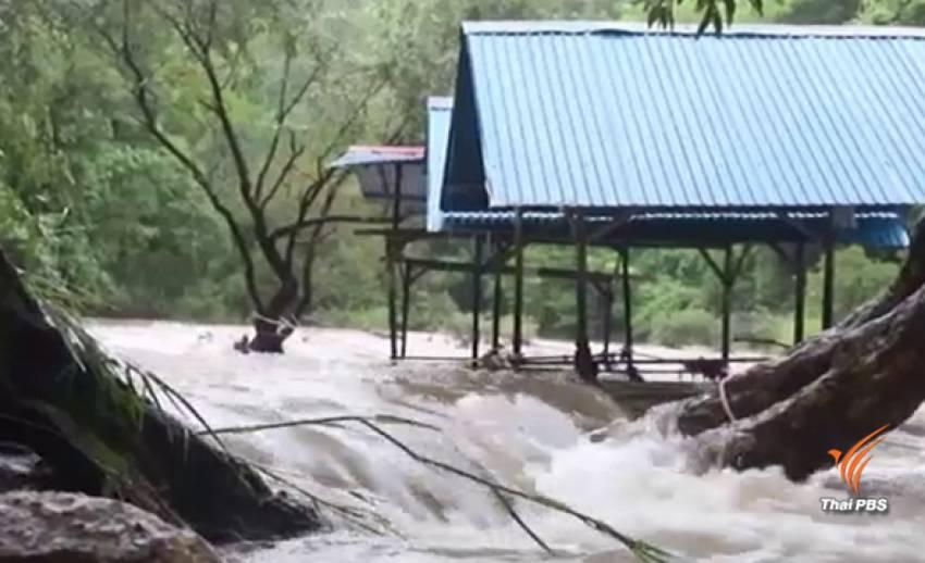 นอภ.สังขละบุรีสั่งเฝ้าระวังน้ำป่า หลังฝนตกต่อเนื่อง