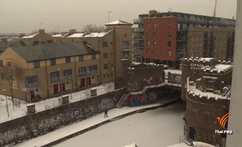 """""""กรุงลอนดอน"""" เผชิญหิมะตกหนักในรอบ 71 ปี"""