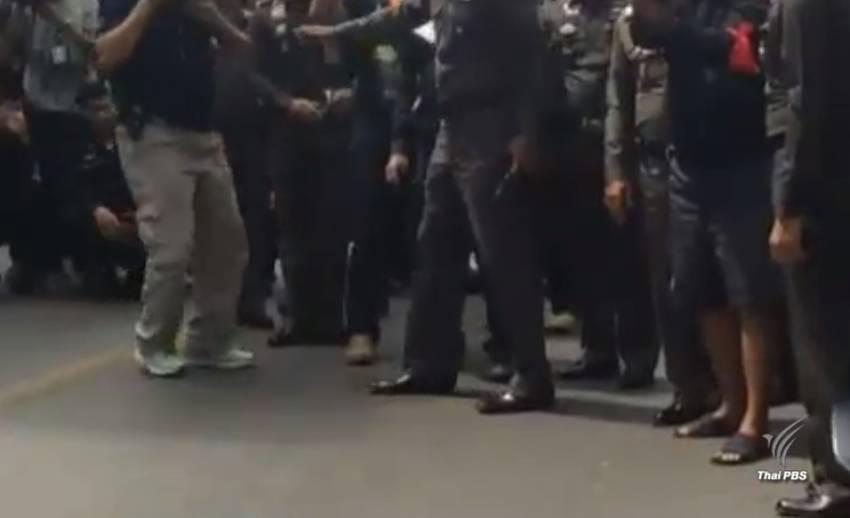 ศาลจำคุก 10 ปี 2 ชายชุดดำ พกพาอาวุธระหว่างชุมนุม นปช.ปี 53