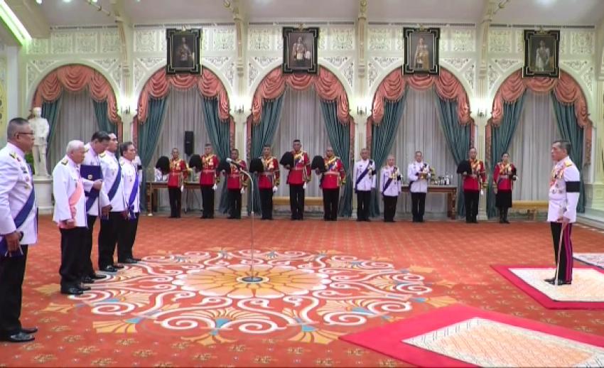 สมเด็จพระบรมโอรสาธิราชฯ มีพระราชดำรัสตอบรับการขึ้นทรงราชย์  เป็นพระมหากษัตริย์ รัชกาลที่ 10