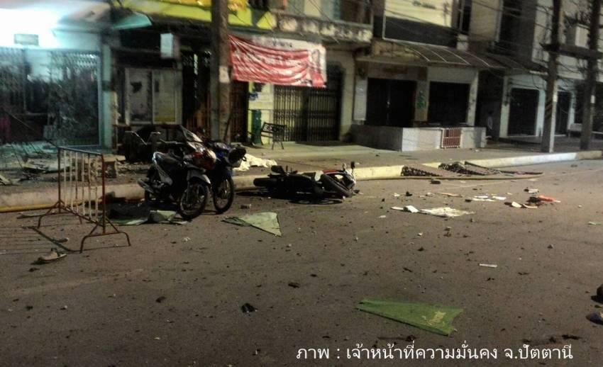 เกิดเหตุระเบิดใกล้มัสยิดกลางปัตตานี เจ็บ 3 จนท.จราจรเสียชีวิต 1 คน
