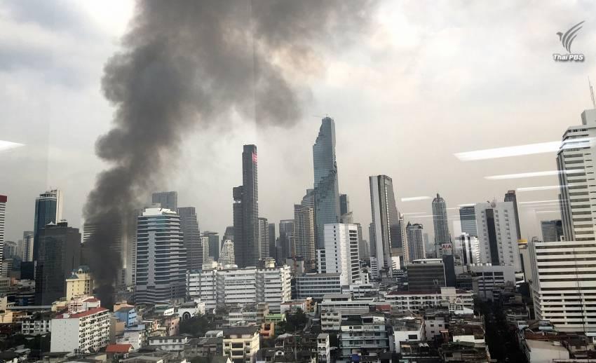 ไฟไหม้ชุมชนหลังสถานทูตรัสเซีย เสียหาย 4 หลัง คุมเพลิงได้แล้ว