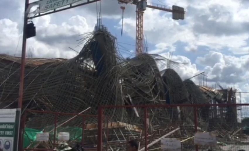 โชว์รูมรถยนต์ย่านพุทธมณฑลสาย 4 ถล่มระหว่างก่อสร้าง บาดเจ็บ 13 คน