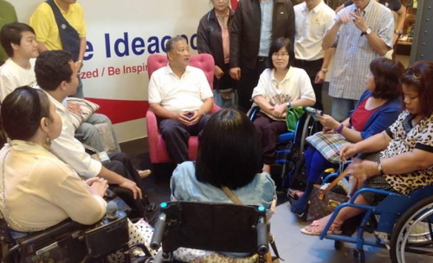 """""""ผู้พิการ"""" ขอ """"ผู้ว่าฯกทม."""" คนใหม่ ส่งเสริมอาชีพ-แก้ปัญหาการขนส่งมวลชนเพื่อคนพิการ"""
