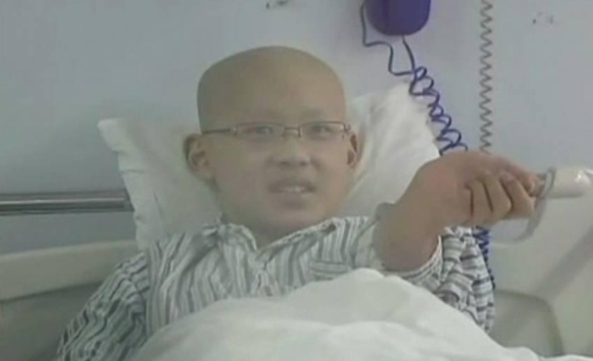 สาวจีนเลื่อนงานแต่ง เหตุบริจาคไขกระดูกช่วยชีวิตผู้ป่วยลูคิเมีย