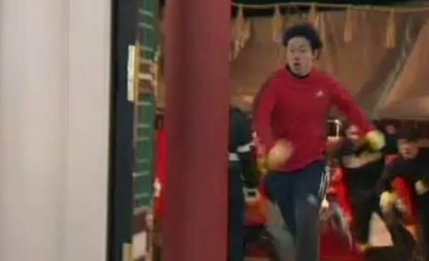 ชาวญี่ปุ่นร่วมงานแข่งวิ่งเพื่อความโชคดี