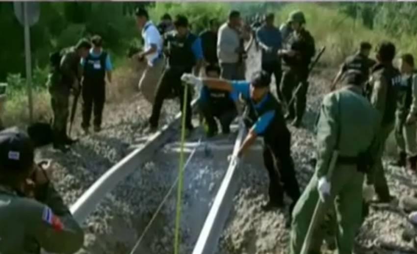 ตร.รู้ตัวกลุ่มผู้ก่อเหตุระเบิดรางรถไฟแล้ว-เลขาสมช.ยืนยันไม่เกี่ยวกับ ปธน.สหรัฐฯ