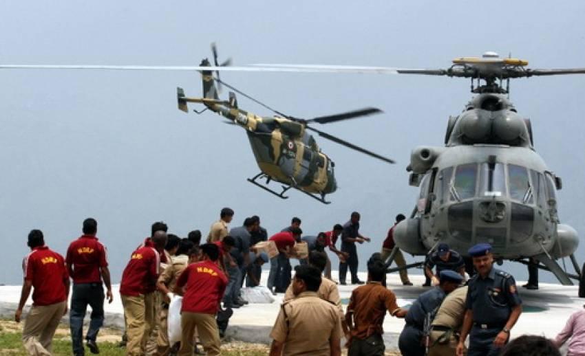 เครื่องบินกู้ภัยน้ำท่วมอินเดียตก เสียชีวิต 9 คน