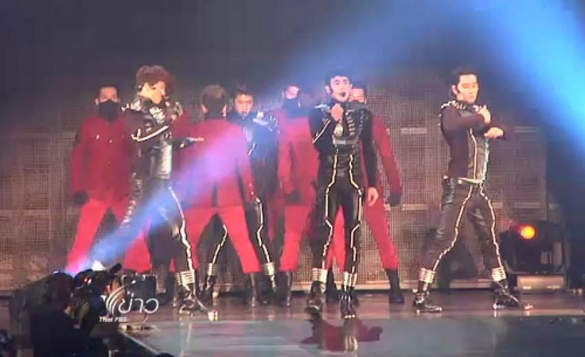 คอนเสิร์ตการกลับมาของนิชคุณ และ 2PM