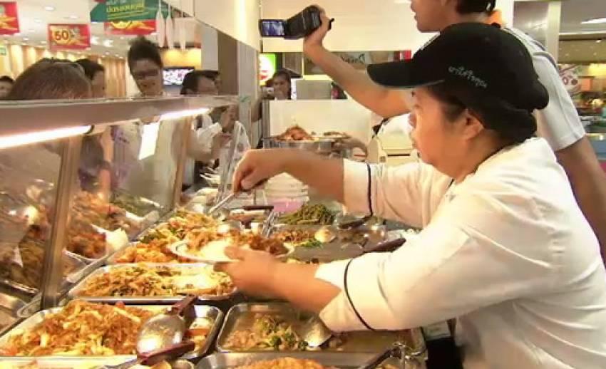 กรมการค้าภายในเตรียมควบคุมราคาอาหารปรุงสำเร็จ หลังก๊าซหุงต้มขึ้นราคา