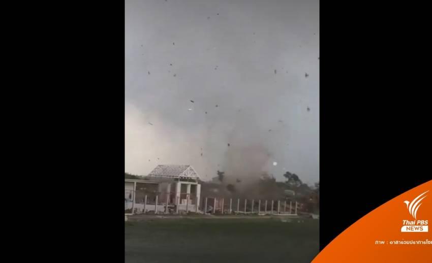 """ระทึก! """"พายุหมุน"""" พัดกลางหมู่บ้านพระราม 3 เสียหายจำนวนมาก"""