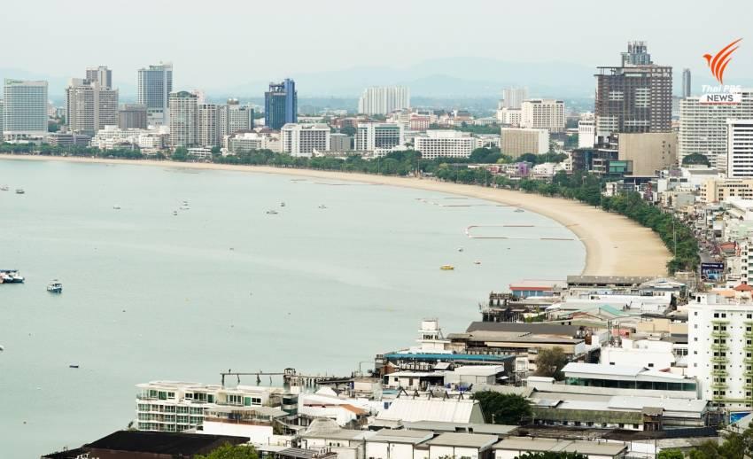 ชายหาดพัทยายังไม่เปิดให้ประชาชนเดินเล่น หลังผ่อนคลายมาตรการ ระยะ 2