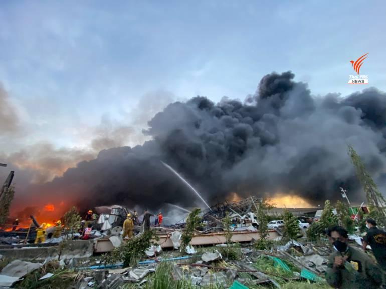 , ด่วน! อพยพชาวบ้านรัศมี 5 กม.หนีมลพิษโรงงานไฟไหม้